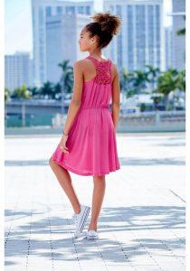Roze meisjesjurk