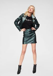 modetrends groen rock outfit