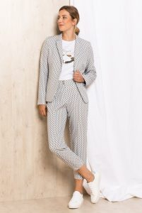 Babyshower outfit: pak met zwart wit patroon