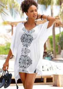Strand outfits: witte tuniek