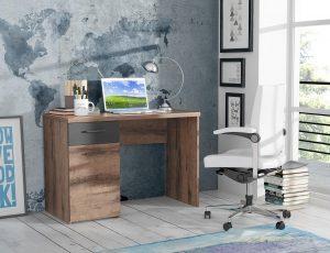 Houten bureau en bureaustoel